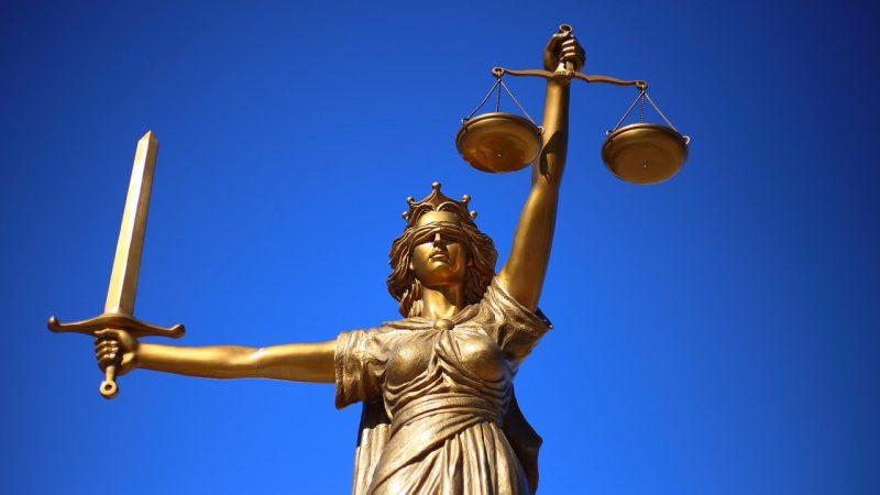 Justice - Rechtsanwalt